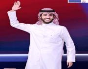 فيديو: لحضة تتويج الشاعر الكويتي راجح الحميداني بلقب حامل بيرق شاعر المليون –