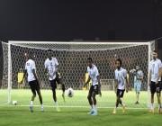 فريق الشباب يستعد لمواجهة النصر