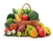 """الطريقة المُناسبة لغسل الخضراوات والفواكه احترازاً من """"كورونا"""" !"""