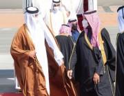 أستقبال ولي العهد لأمير قطر لحظة وصوله لمطار العلا