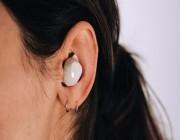 جهاز يمنح سمعًا خارقًا داخل الأذن .. التفاصيل هنا !!