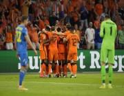هولندا تخطف فوزا ثمينا من أوكرانيا .. التفاصيل هنا !!