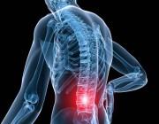 هذه أعراض وأسباب انحناء العمود الفقري .. التفاصيل هنا !!
