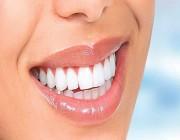 هذه أفضل وسيلة لتنظيف الأسنان من الجير وبقايا الطعام .. التفاصيل هنا !!