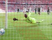 بايرن ميونيخ يعتلي صدارة الدوري الألماني.