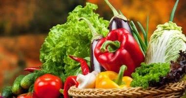 ألوان الخضراوات والفواكه تحدِّد فوائدها .. التفاصيل هنا !!